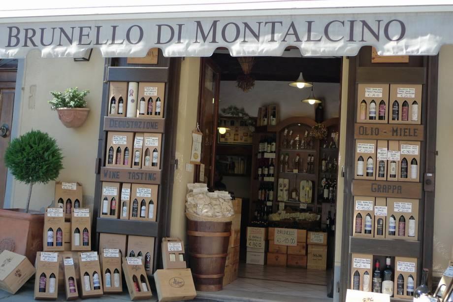 Pequeno negócio de venda dos famosos vinhos em Montalcino. A maioria das vinícolas da região oferece a possibilidade de compra e algumas possuem típicos e agradáveis restaurantes, onde é possível provar e se deliciar com os sabores da cozinha local