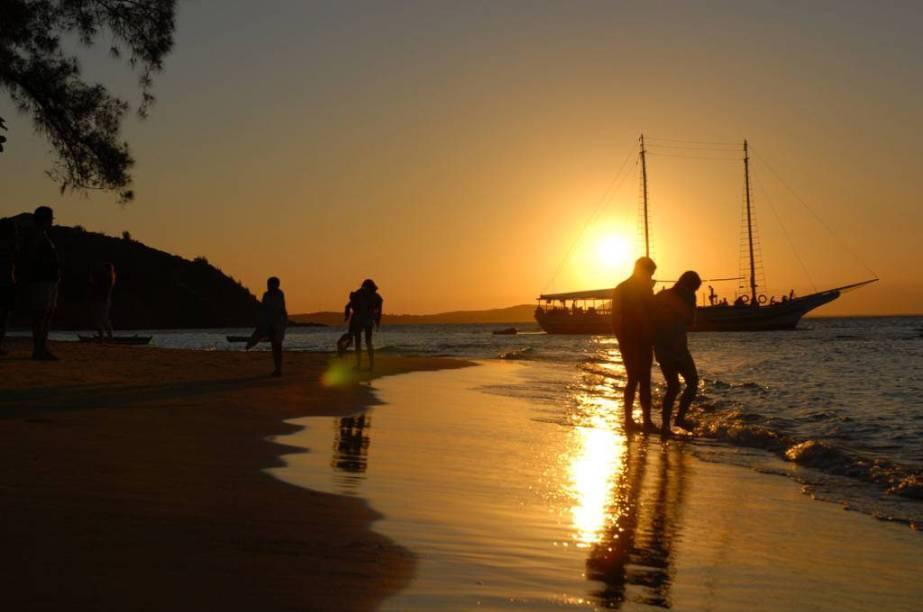 """<strong>5. <a href=""""/cidades/br-rj-buzios"""" target=""""_blank"""">Búzios</a> (5 dias)</strong>Destino de praia queridinho dos cariocas, arrebata também os forasteiros, em especial os estrangeiros. Tem ótima variedade de praias, badalação e hotéis e restaurantes de primeira."""