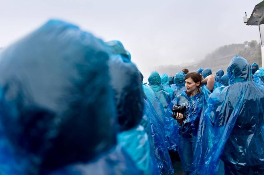 Uma excursão às cataratas do Niágara são assim: molhadas!