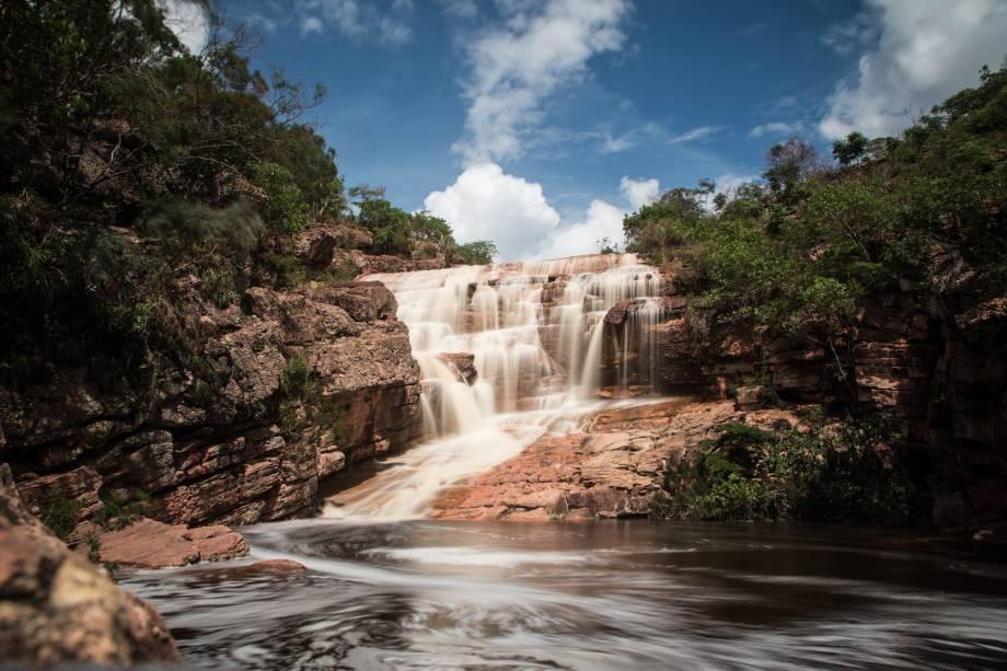 """<a href=""""http:// viajeaqui.abril.com.br/cidades/br-ba-chapada-diamantina"""" rel=""""Chapada Diamantina"""" target=""""_blank""""><strong>Chapada Diamantina</strong></a>    A Cachoeira do Riachinha, na Chapada Diamantina, é facinha de chegar e o banho debaixo de sua queda de 8 metros e pelas piscinas naturais é revigorante"""