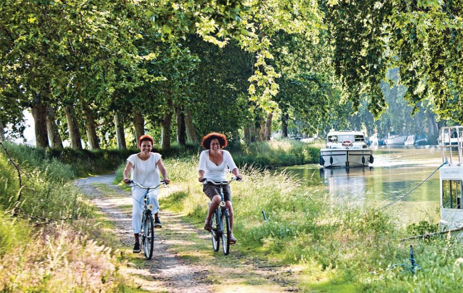 O Canal du Midi é o preferido de ciclistas despreocupados
