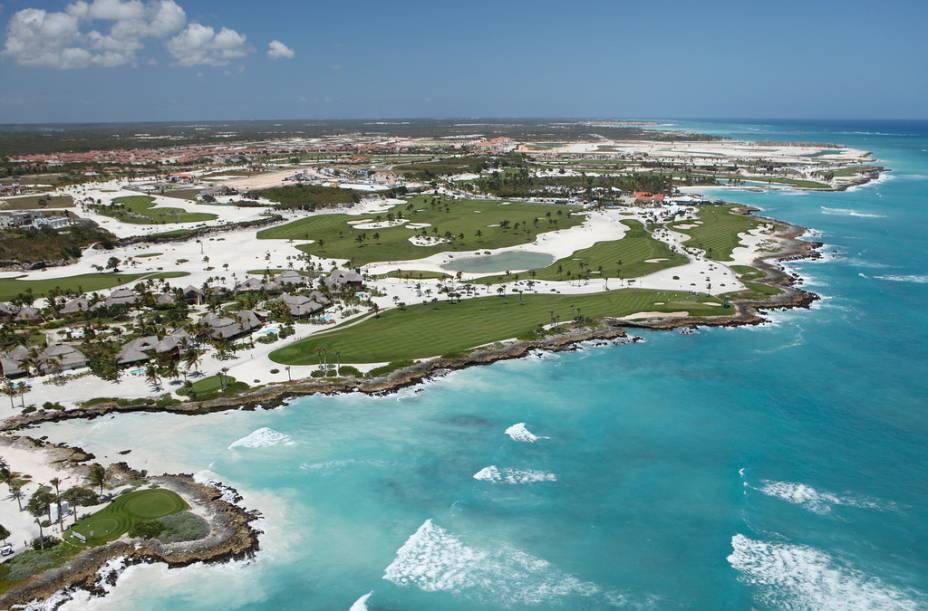 O Cap Cana é um grande empreendimento junto a Punta Cana, contando com campos de golfe, marina e restaurantes, entre outros estabelecimentos de apoio ao turista