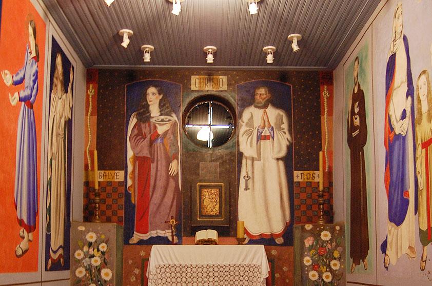 """Na foto, a """"Capela da Nonna """" original, que está exposta no no Museu Casa de Portinari, em Brodowski, perto de Ribeirão Preto (SP)"""