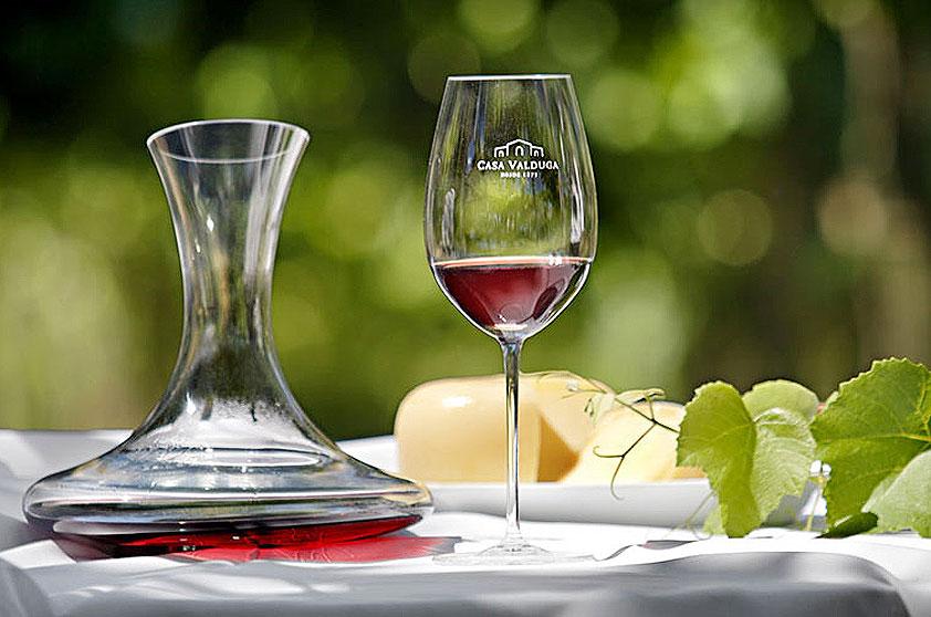 Curso de degustação de vinhos está incluso na diária