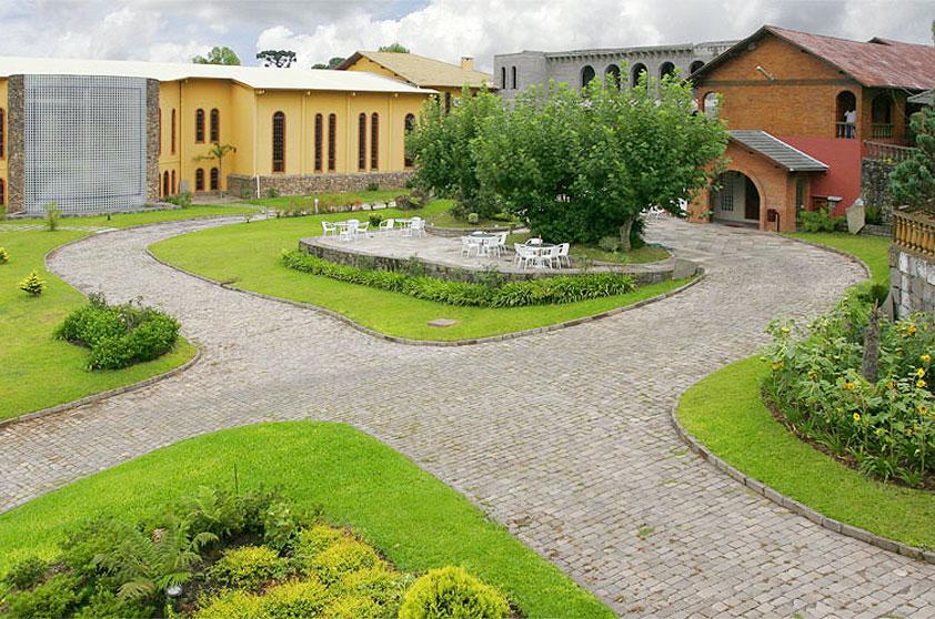 Complexo Enoturístico Villa Valduga é mantido pela vinícola Casa Valduga e oferece várias atividades de lazer e compras para interessados em enoturismo