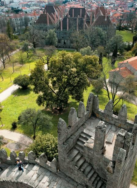 Pedra sobre pedra: o castelo onde nasceu o primeiro rei, dom Afonso Henriques, em <strong>Guimarães</strong>