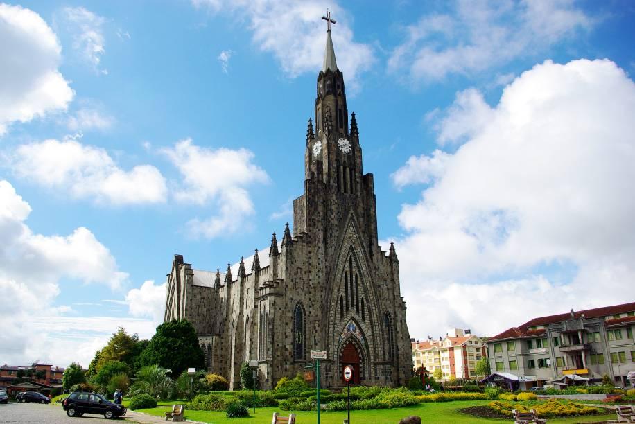 A Igreja Matriz de Nossa Senhora de Lourdes, conhecida como Catedral de Pedra, um dos símbolos de Canela