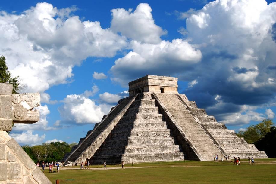 """<strong><a href=""""http://viajeaqui.abril.com.br/cidades/mexico-yucatan"""" target=""""_blank"""">Yucatán</a> - <a href=""""http://viajeaqui.abril.com.br/paises/mexico"""" target=""""_blank"""">México</a></strong>"""