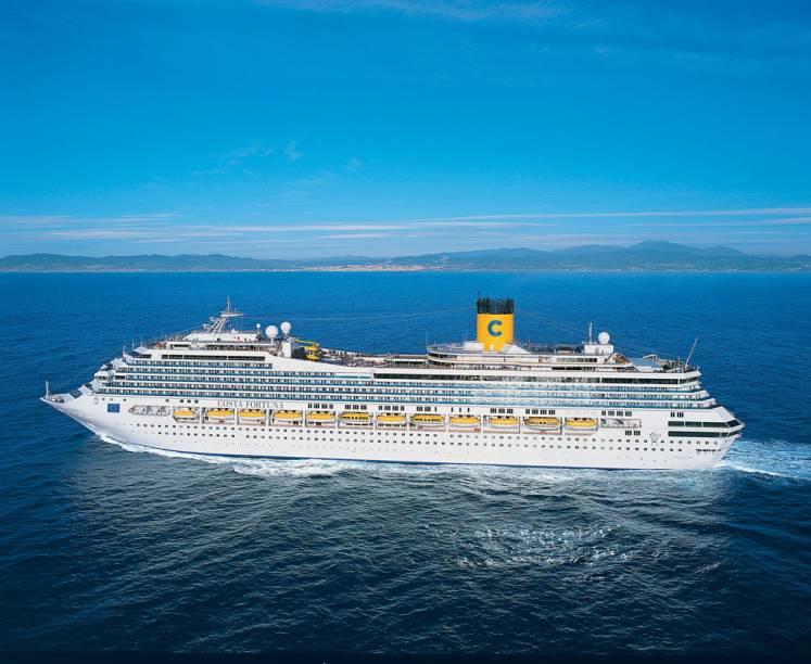 São 102.587 toneladas e capacidade para 3.470 hópedes em alto mar