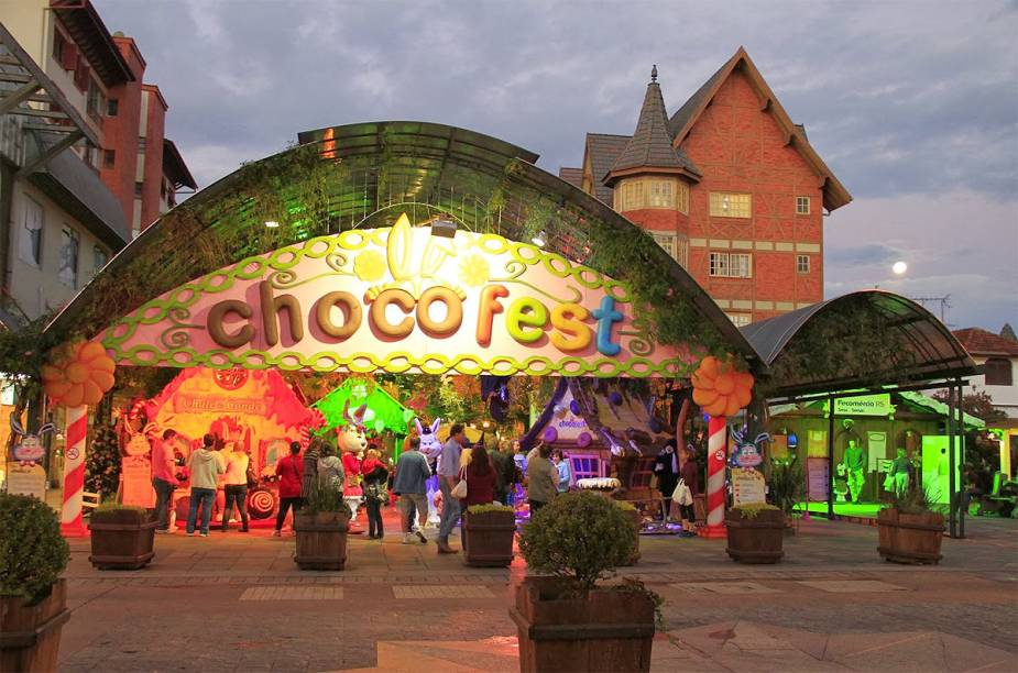 Para as crianças: o Planeta das Guloseimas tem maquiagem de chocolate, oficinas de reciclagem e apresentações de coelhos de todos os tipos