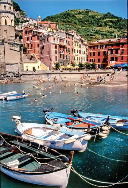 "<strong><a href=""http://viajeaqui.abril.com.br/cidades/italia-cinque-terre"" target=""_blank"">Cinque Terre</a> - <a href=""http://viajeaqui.abril.com.br/paises/italia"" target=""_top"">Itália</a> </strong>"