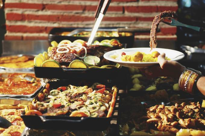 Comida goiana e mineira do restaurante Chão Nativo I, em Goiânia, Goiás