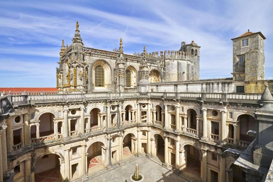 O Convento foi erguido no século 10 e abrigou a sede dos cavaleiros templários