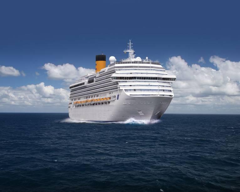 O Costa Favolosa tem 113.216 toneladas e capacidade para 3.800 hóspedes