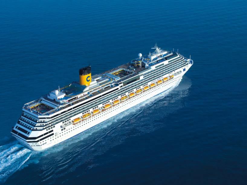 Com 114.147 toneladas, o Costa Serena tem capacidade para 3.780 hóspedes