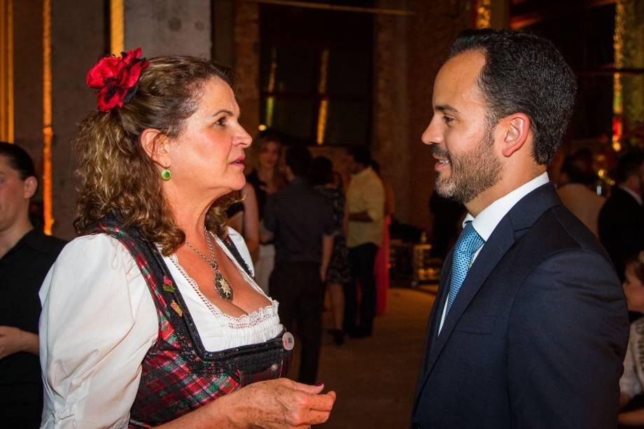 Dirlei Rofner, Secretária de Turismo de Treze Tíias (SC) e Filipe Mello, Secretário do Estado de Santa Catarina