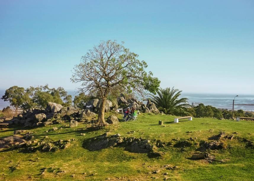 <em>Disfrutando la tarde en el Cerro de Montevideo</em>, foto de Daniel Ferreira Leites