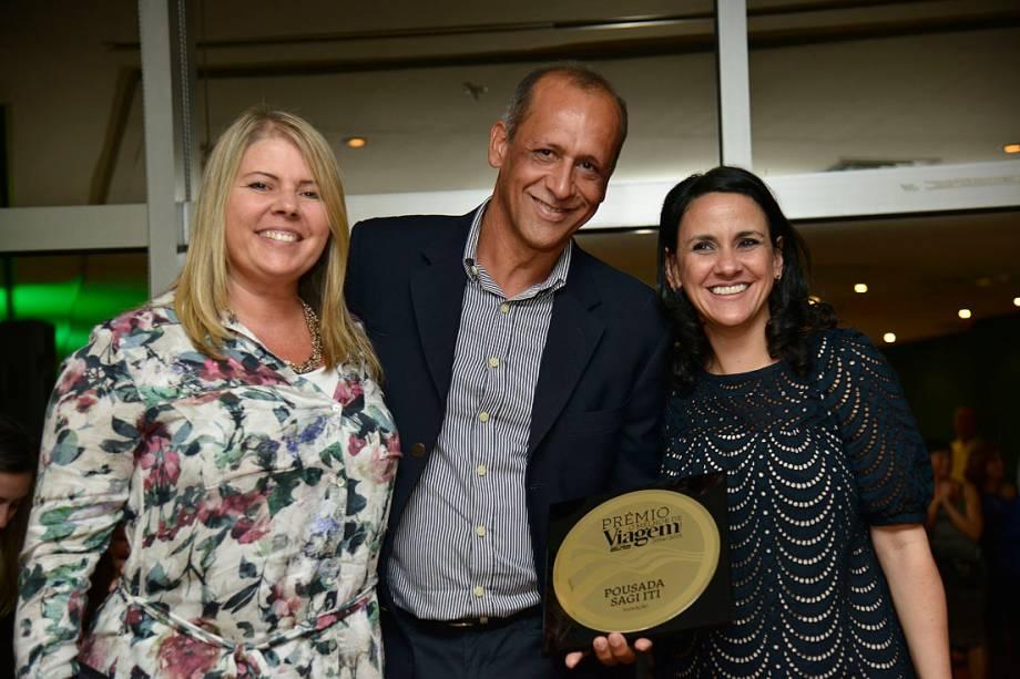 O prêmio de Inovação foi para a Pousada Sagi Iti, no município de Baía Formosa (RN). Receberam o prêmio Jares Ponciano e Fernanda Minucci, sócios-proprietários da pousada