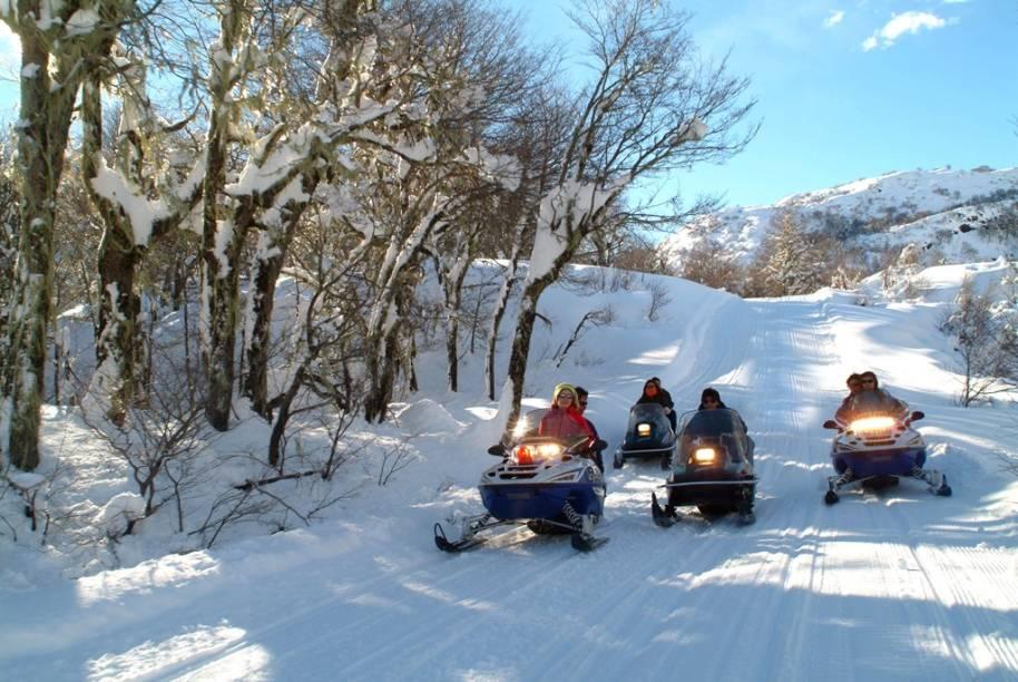 O snowmobile é uma das atividades de inverno em Chillán