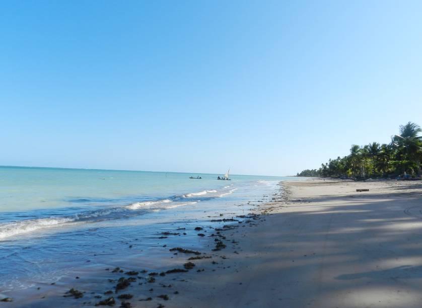 A Praia do Patacho, paradisíaca, e sua superlotação