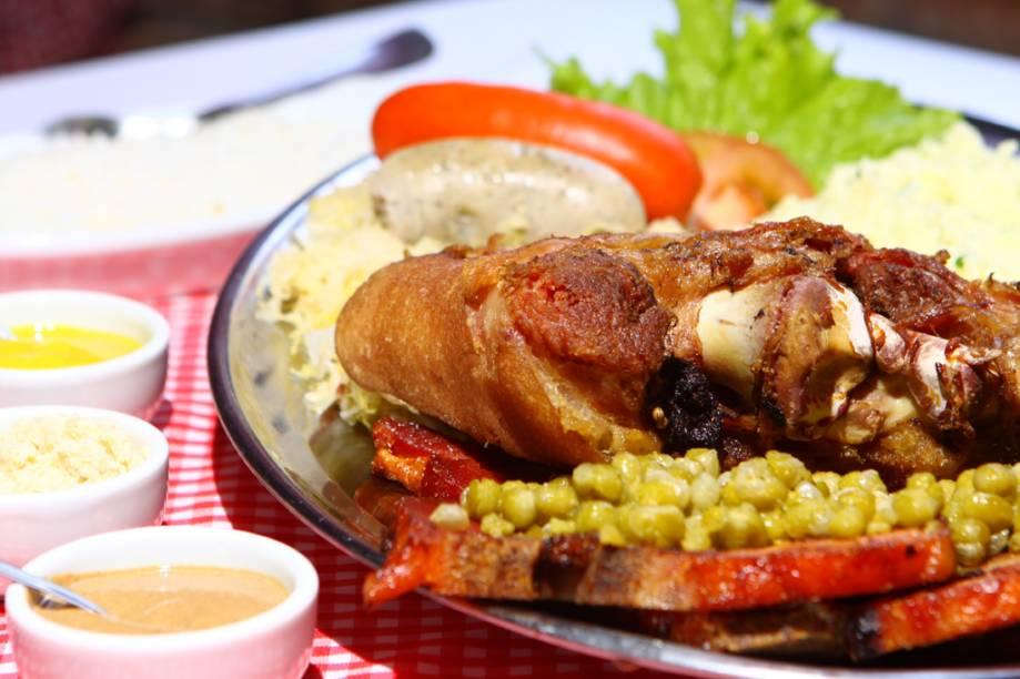 Eisbein, o joelho de porco, um dos mais famosos pratos da culinária alemã