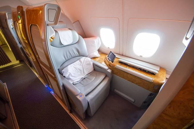 Cabine de primeira classe da Emirates