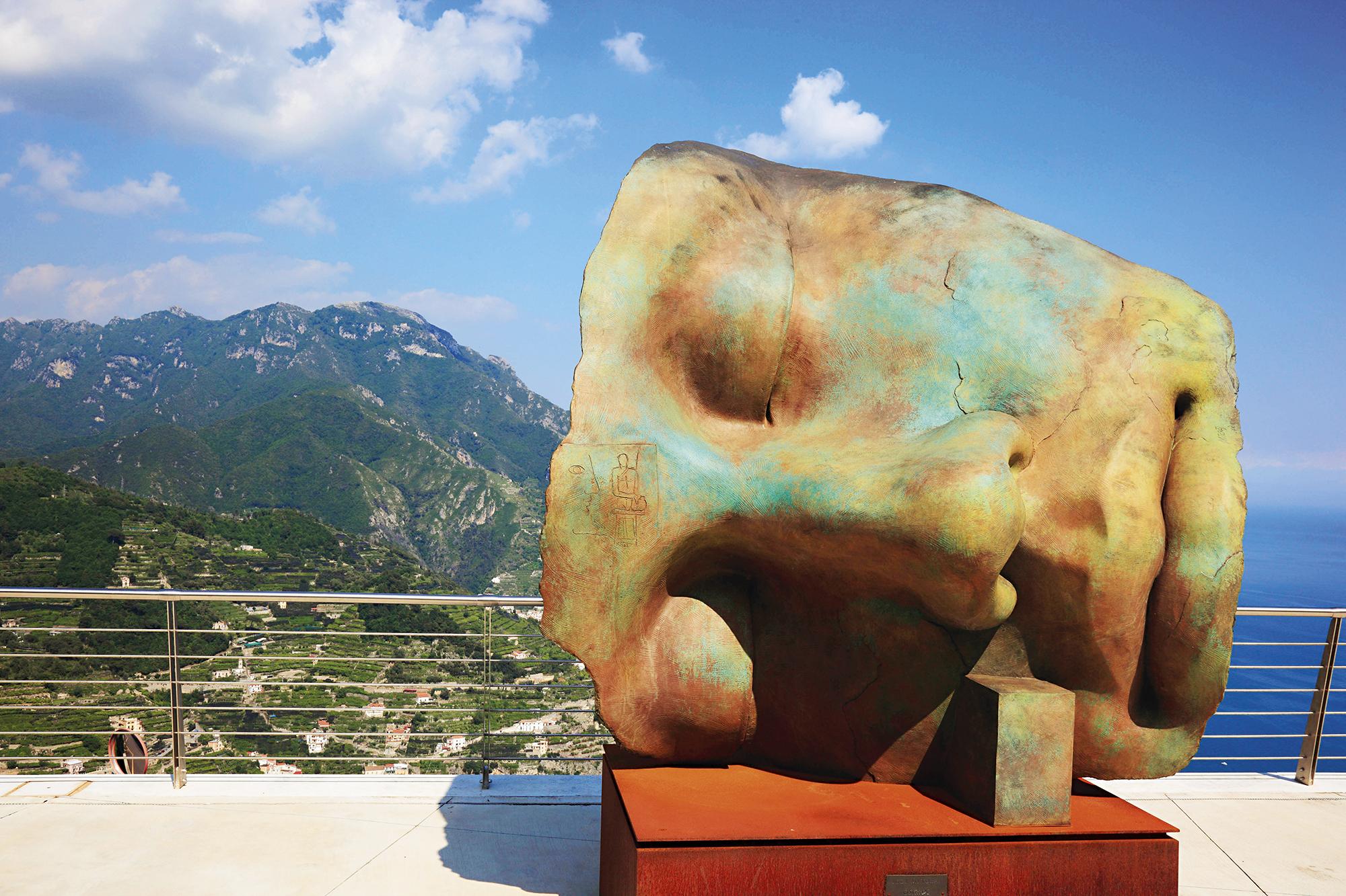 Escultura de Igor Mitoraj, em Ravello, Costa Amalfitana, Itália