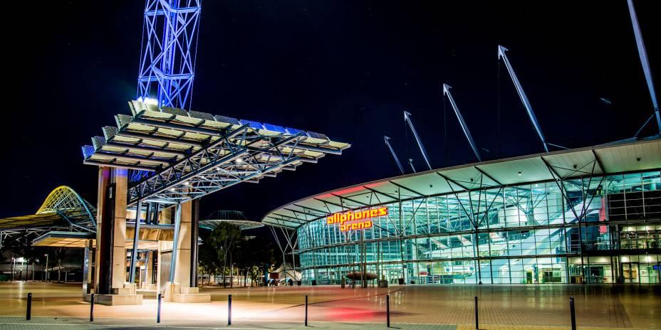 """<strong>24.<a href=""""http://viajeaqui.abril.com.br/cidades/australia-sydney"""" target=""""_blank"""" rel=""""noopener"""">Sydney</a>, <a href=""""http://viajeaqui.abril.com.br/paises/australia"""" target=""""_blank"""" rel=""""noopener"""">Austrália</a>, 2000</strong> O Estádio AllPhones (foto) abrigou as Olimpíadas de Sydney e presenciou a quebra de vários recordes, como o número de participantes e de modalidades esportivas. Ali, também, foi possível presenciar as duas Coreias entrando juntas e com uma mesma bandeira na cerimônia de abertura dos jogos."""