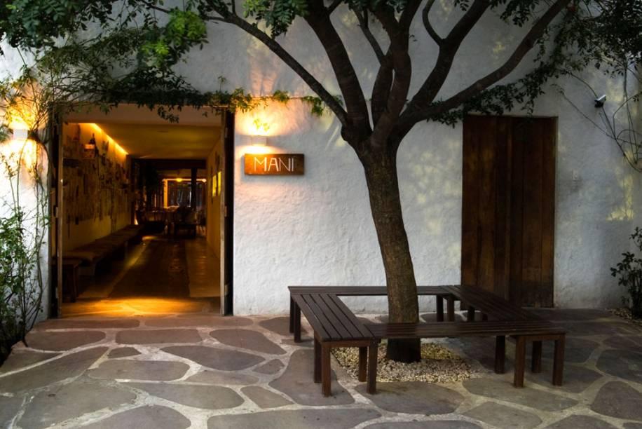 Fachada do novo restaurante três estrelas de São Paulo, o Maní