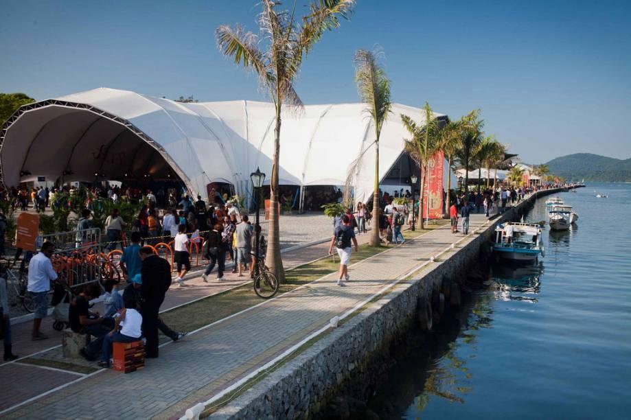 Tenda da Flip, a Festa Literária Internacional de Paraty, Rio de Janeiro