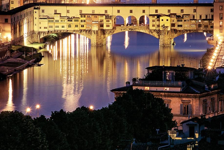 "<strong><a href=""http://viajeaqui.abril.com.br/cidades/italia-florenca-firenze"" target=""_blank"">Florença</a> - <a href=""http://viajeaqui.abril.com.br/paises/italia"" target=""_blank"">Itália</a></strong>"