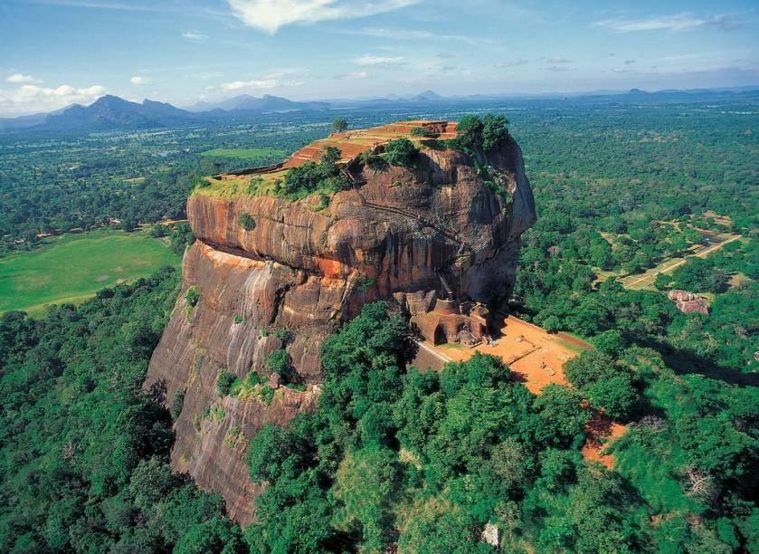 Vista aérea da fortaleza Sigiriya