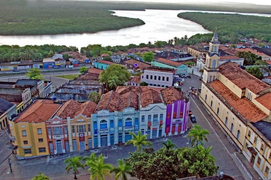 """<strong>1.<a href=""""/cidades/br-pb-joao-pessoa"""" target=""""_blank"""">João Pessoa</a> (4 dias)</strong> Na Paraíba, a mais pacata das capitais nordestinas mescla com graça boas praias urbanas, <strong>atrações históricas originais</strong> e ruas arborizadas e com ciclovias"""