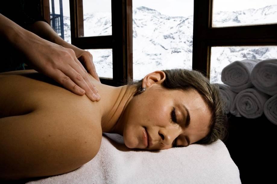 """Como todo bom resort, <a href=""""http://viajeaqui.abril.com.br/cidades/chile-valle-nevado"""" rel=""""Valle Nevado """" target=""""_blank""""><strong>Valle Nevado</strong></a> oferece não só boa estrutura hoteleira e gastronômica, mas também serviços de spa"""