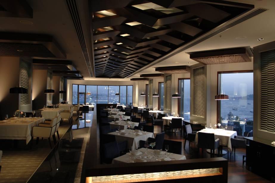 Restaurante Gaja, instalado no Swissotel The Bosforus, Istambul, Turquia