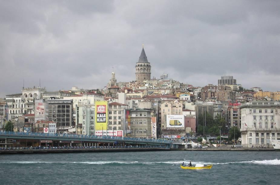 A Torre de Gálata e o cruzeiro pelo Bósforo