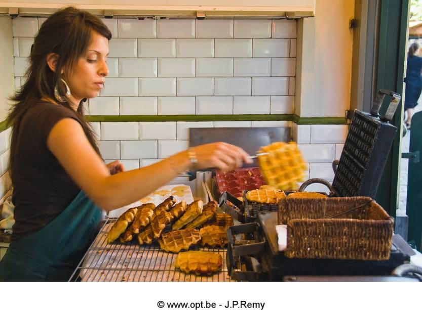 Waffles no Brasil são sinônimo de biscoitinhos bem sem graça. Na Bélgica, eles são um delicioso quitute, preparados na hora e cobertos com açúcar, caramelo, chocolate ou canela. A versão de Liége é uma das mais apreciadas, dentro e fora do país