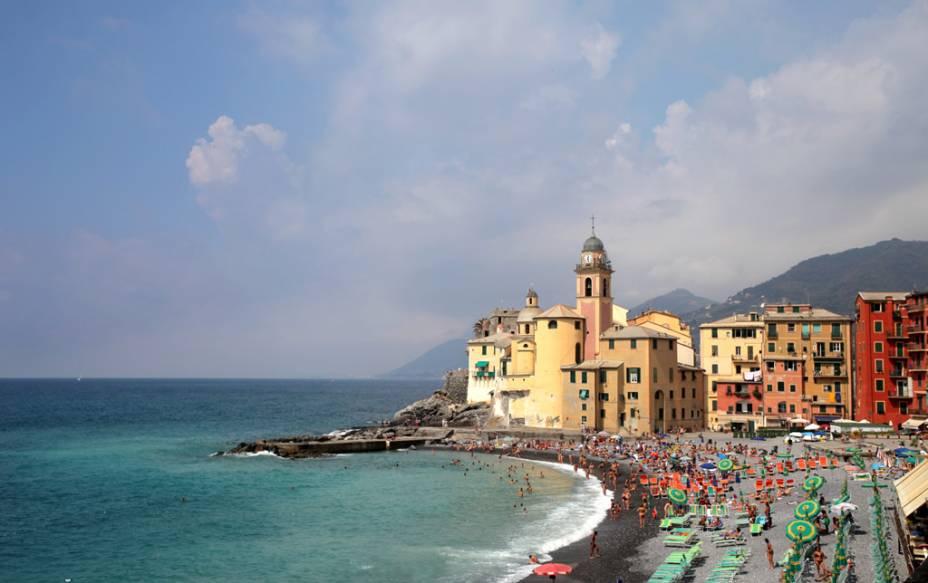 """Com abertura para o mar,<a href=""""http://viajeaqui.abril.com.br/cidades/italia-genova"""" rel=""""Gênova"""">Gênova</a>já rivalizou com os venezianosdurante a Idade Média pelo domínio marítimo"""