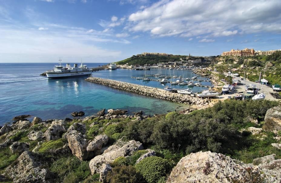 Vista geral da baía de Mgarr, em Gozo