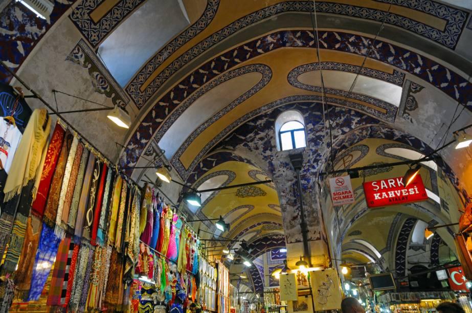Detalhe das arcadas do Grande Bazar, um dos locais visitados pelo tour da companhia aérea