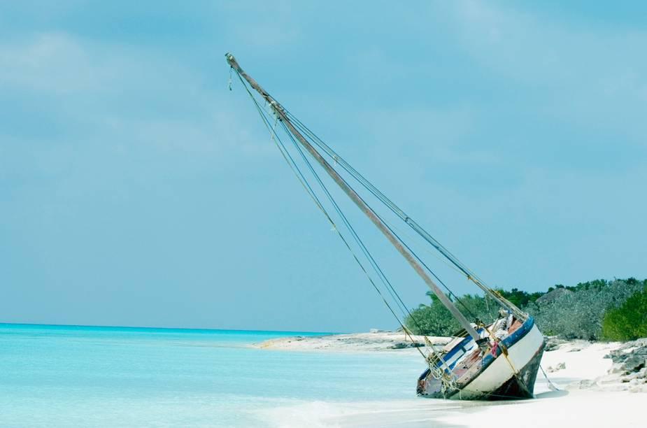 """<strong>HAITI </strong>Ok... seria bem mais fácil ir para a <a href=""""http://viajeaqui.abril.com.br/cidades/republica-dominicana-punta-cana"""" rel=""""Punta Cana"""" target=""""_blank"""">Punta Cana</a> e ficar em um resort com comida e bebida à vontade. Mas por que não fugir das hordas de casais dem lua de mel e ficar em um lugar realmente original?"""