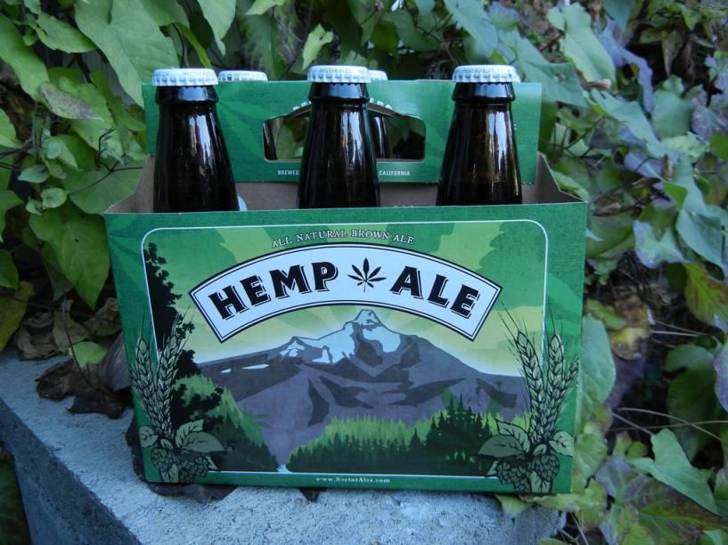 """A <strong>Hemp Ale</strong> é uma entre várias marcas que usa a semente de maconha como ingrediente. Fabricada nos <a href=""""http://viajeaqui.abril.com.br/paises/estados-unidos"""" rel=""""Estados Unidos"""" target=""""_blank"""">Estados Unidos</a>, tem teor alcoólico de 5,7%"""