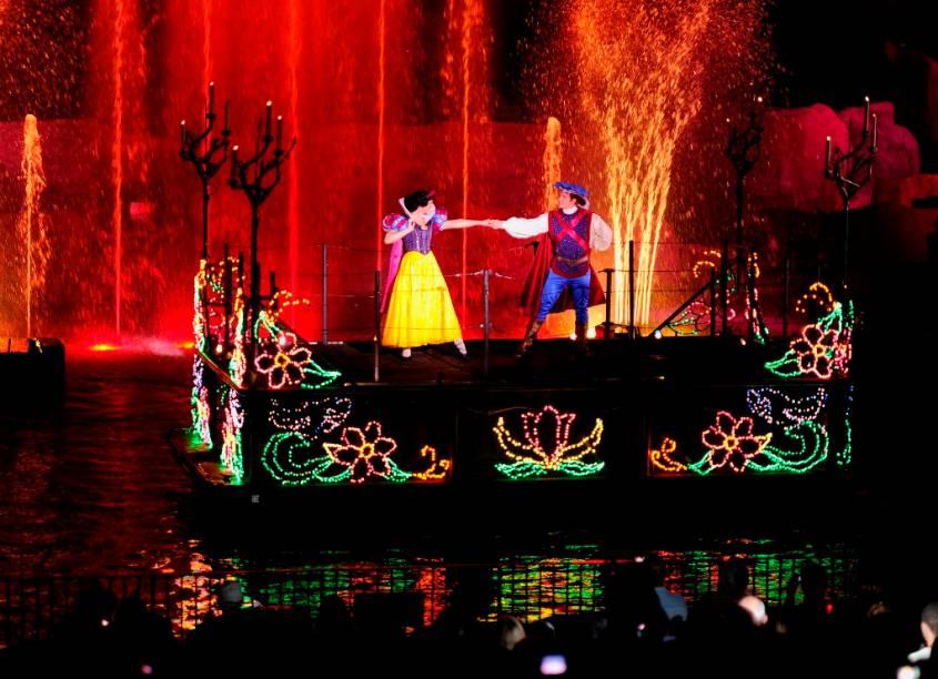 O Fantasmisc é um show noturno no Hollywood Studios, com a participação de vários personagens do mundo Disney