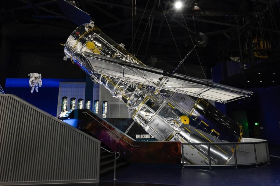 Réplica do telescópio espacial Hubble, noKennedy Space Center