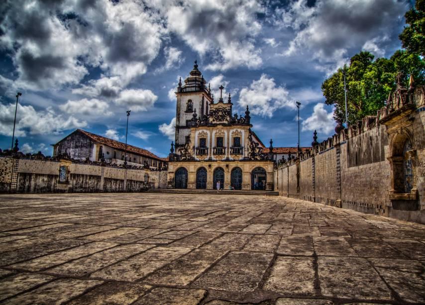 """De arquitetura barroca, a<strong><a href=""""http://viajeaqui.abril.com.br/estabelecimentos/br-pb-joao-pessoa-atracao-centro-cultural-sao-francisco"""" rel=""""Igreja de São Francisco"""" target=""""_self"""">Igreja de São Francisco</a></strong>, em <strong><a href=""""http://viajeaqui.abril.com.br/cidades/br-pb-joao-pessoa"""" rel=""""João Pessoa"""" target=""""_self"""">João Pessoa</a></strong>, faz parte de um Centro Cultural de mesmo nome. Ela é uma das atrações históricas da cidade"""