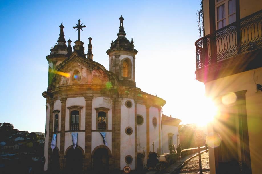 A fachada arredondada da Igreja Nossa Senhora do Rosário dos Pretos tem origem arquitetônica misteriosa: não se sabe ao certo quem projetou a construção