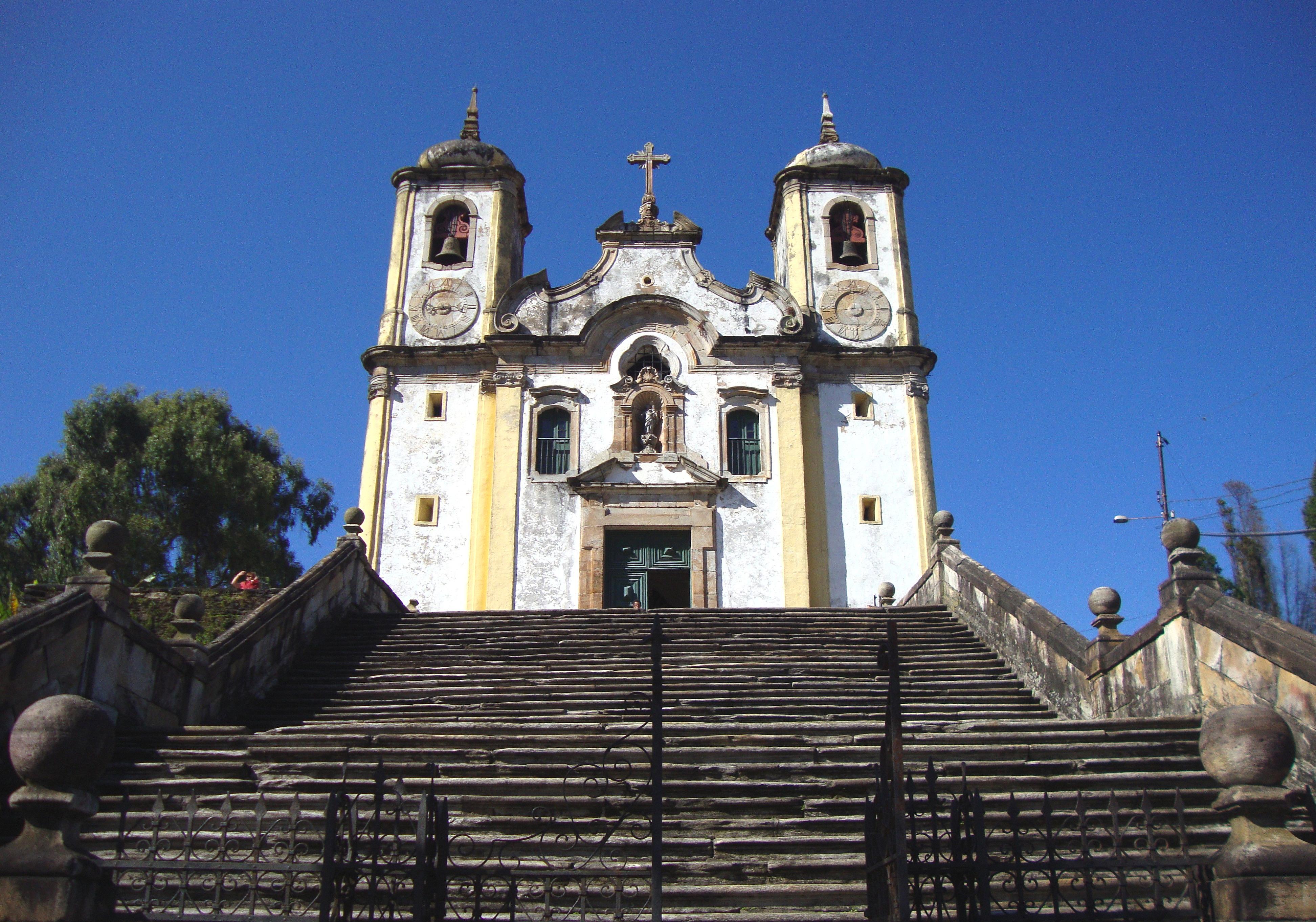 Igreja Santa Efigênia/Nossa Senhora do Rosário do Alto da Cruz Ouro Preto (MG)