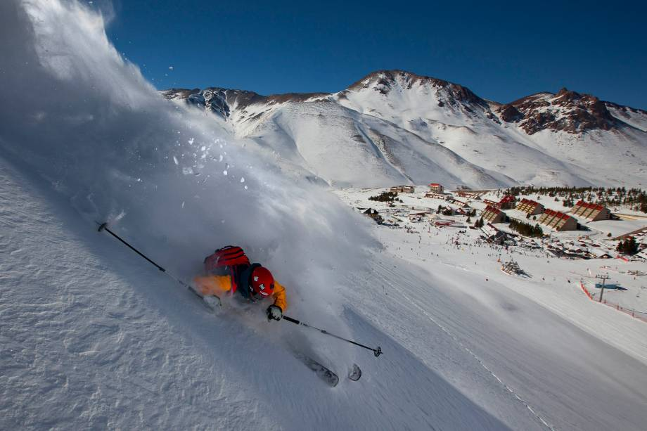 Las Leñas oferece o aluguel de equipamentos para a prática dos esportes de inverno