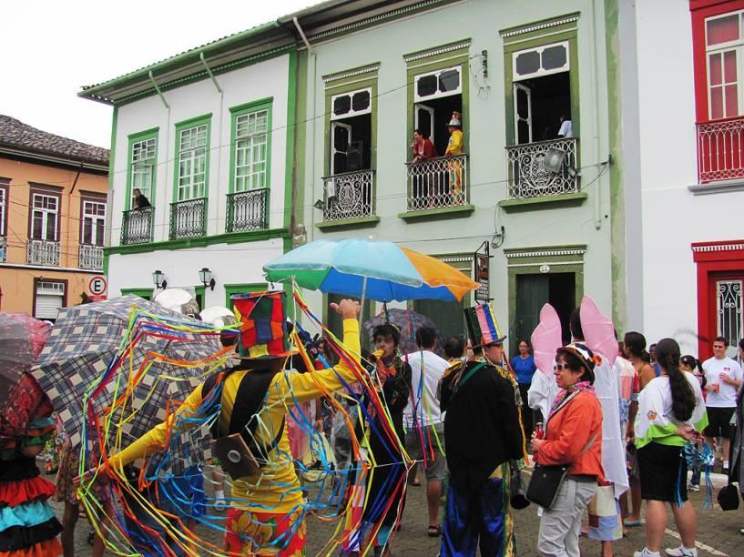 Em São Luiz do Paraitinga, as marchinhas são perfeitas para quem quer fugir do circuito do axé, durante o Carnaval