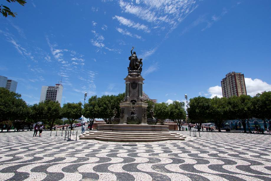Praça São Sebastião, no centro de Manaus, Amazonas